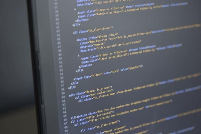 Hilfe bei CSS-Anpassungen und Hosting-Problemen